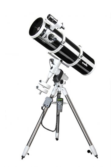 Sky-Watcher Explorer 200P (EQ5 PRO SynScan)